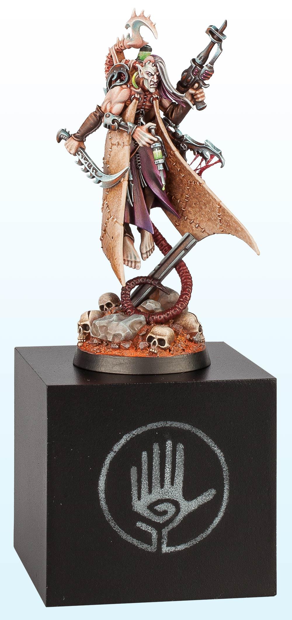 Warhammer 40,000 Single Miniature: Bronze – 2014