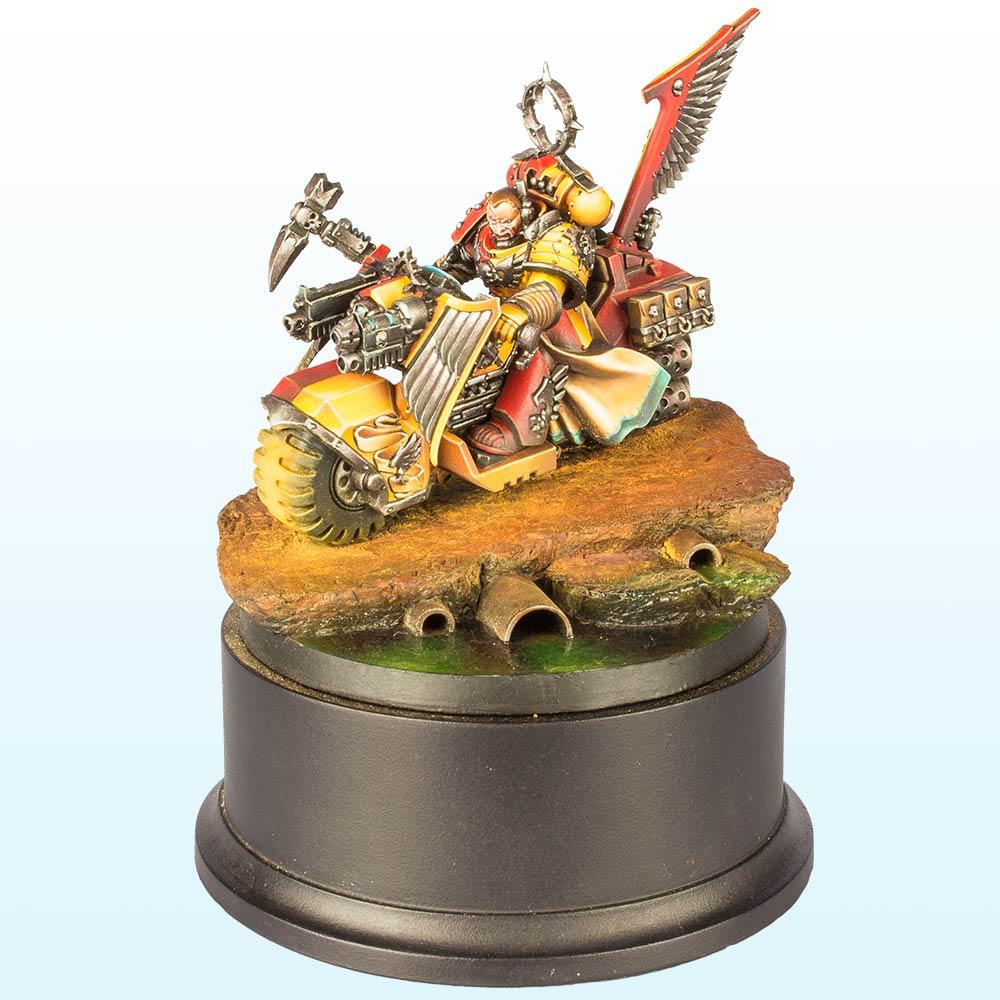Warhammer 40,000 Vehicle: Gold – 2013