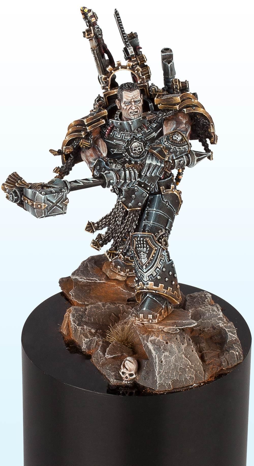 Warhammer 40,000 Large Model: Gold – 2014